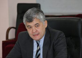 Бұрынғы Денсаулық сақтау министрі Е.Біртанов.